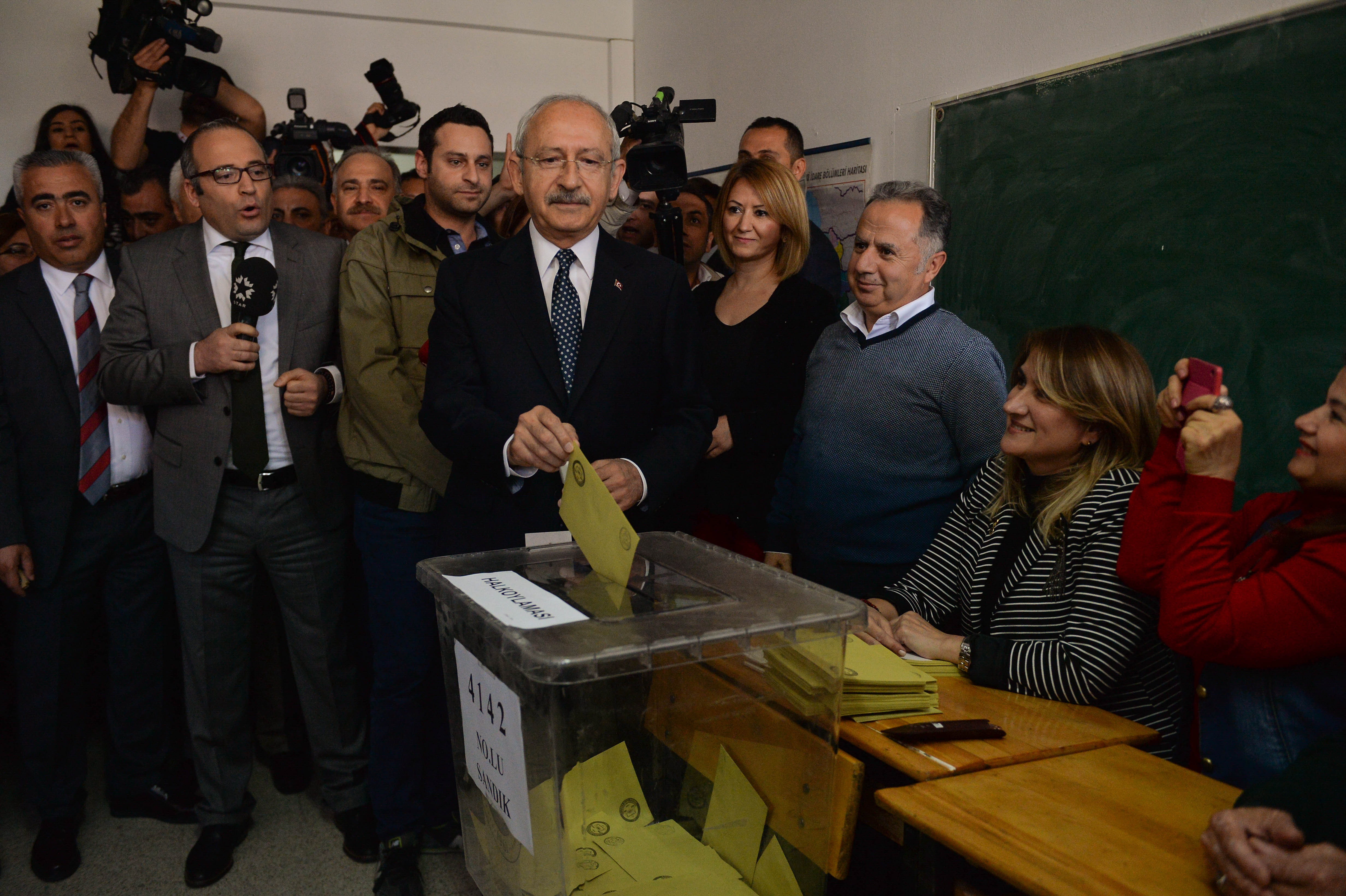 Zwei Tote bei Schiesserei in türkischem Wahllokal